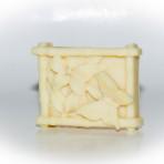 Virágos-lepkés forma fehér tea illatta